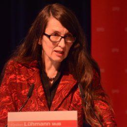 Die verkehrspolitische Sprecherin der SPD-Bundestagsfraktion, Kirsten Lühmann, fasste die Diskussion zusammen