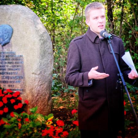 Grußwort von Jonas Farwig am Kurt-Schumacher-Gedenkstein in Wennigsen