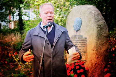 Grußwort von Matthias Miersch am Kurt-Schumacher-Gedenkstein in Wennigsen