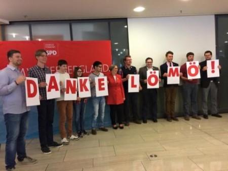 Foto: Eine Juso-Delegation sagt Danke.