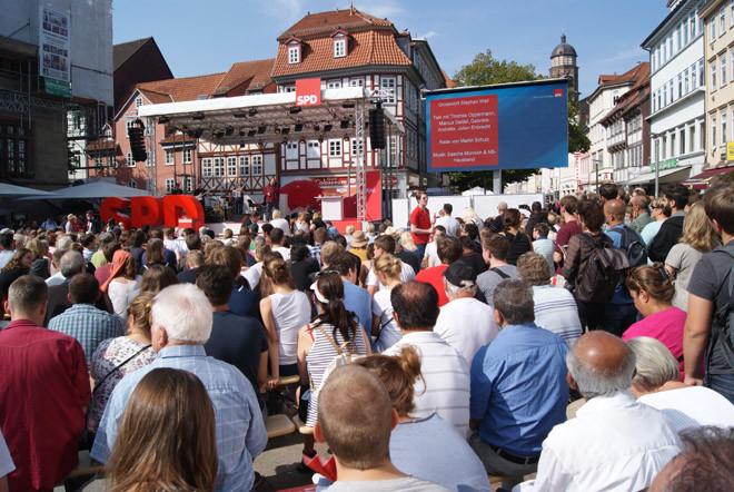 Der Blick vom Publikum auf die Bühne